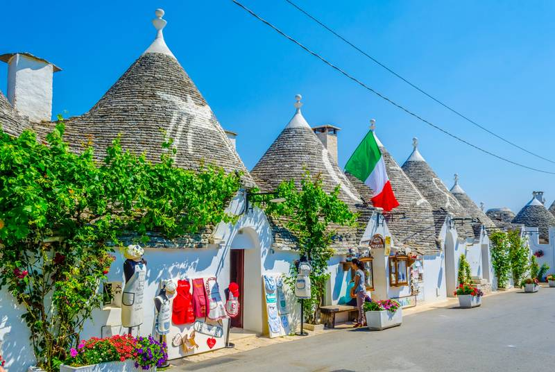 I trulli: dove trovare le iconiche abitazioni in Puglia