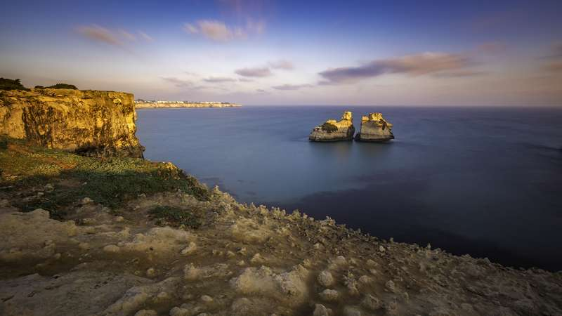 Torre dell'Orso: scopriamo la spiaggia dei Faraglioni